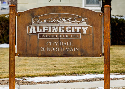 Alpine City Welcome Sign